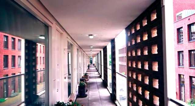 Video verlichting op galerijen van woongebouwen