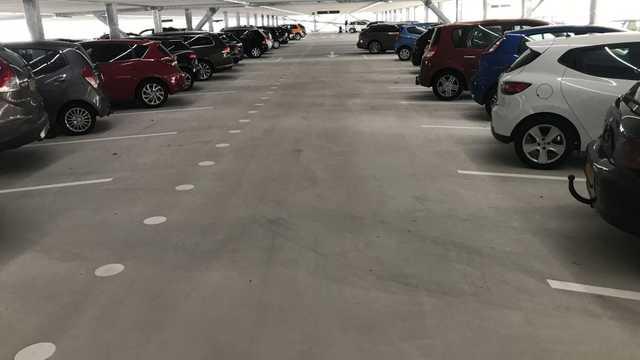 Maak een parkeergarage of parkeerplaats veiliger en bespaar tegelijk op de energierekening