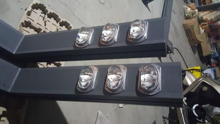 Lantaarnpaal met mesopische lichtbron