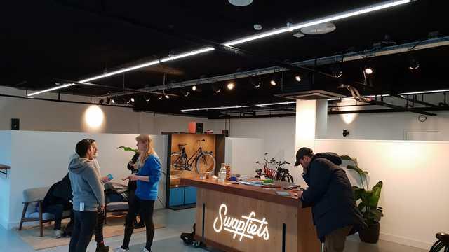 Stoere en robuuste lijnverlichting in de winkels en magazijnen van Swapfiets